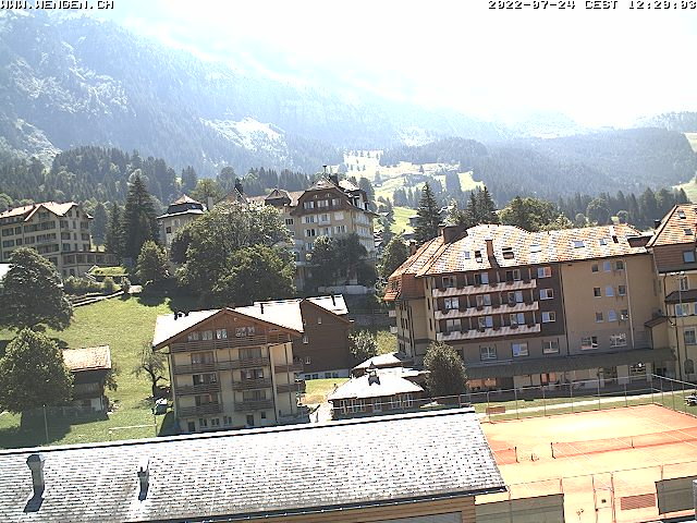 http://www.jungfraumarketing.ch/webcam/wengen/wengen.jpg